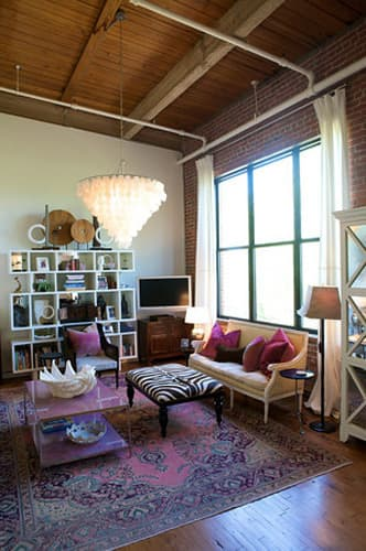 House Tour: Heather's Tobacco Warehouse Dream Loft: gallery slide thumbnail 3