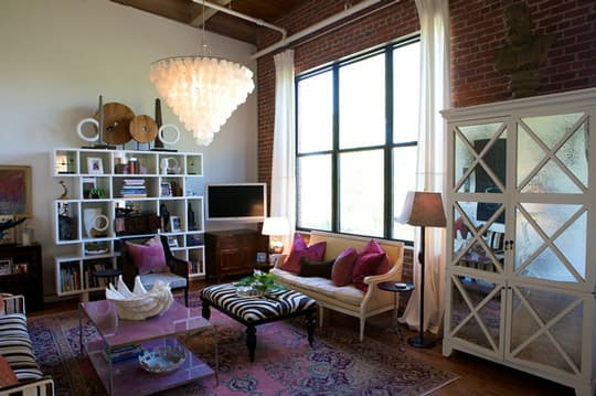 House Tour: Heather's Tobacco Warehouse Dream Loft: gallery slide thumbnail 6