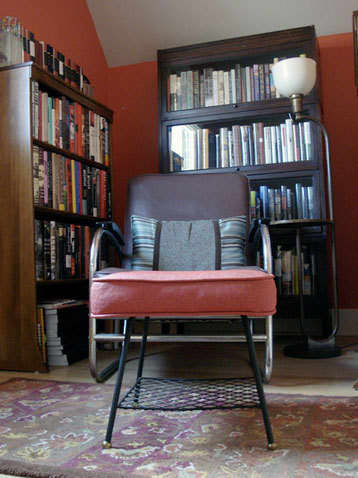 At-Home Escapes: Real-Life Reading Nooks: gallery slide thumbnail 2