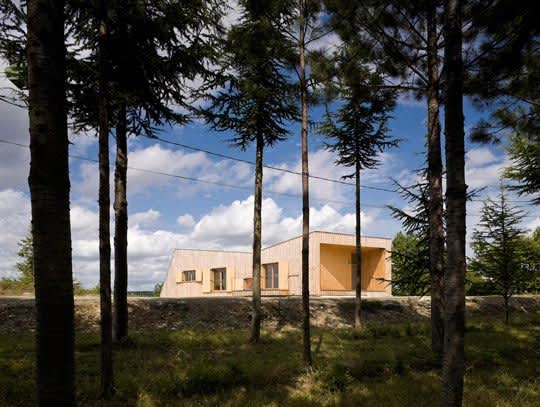 Modern & Green: A Country House in France: gallery slide thumbnail 1