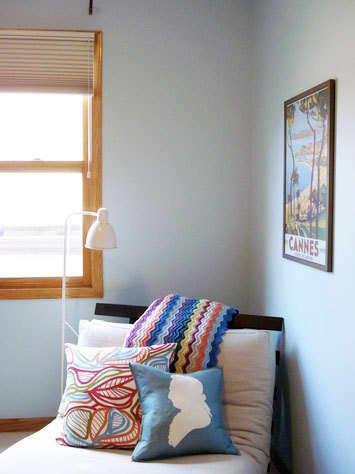 At-Home Escapes: Real-Life Reading Nooks: gallery slide thumbnail 3
