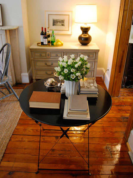 House Tour: Scott's Airy Simplicity: gallery slide thumbnail 5