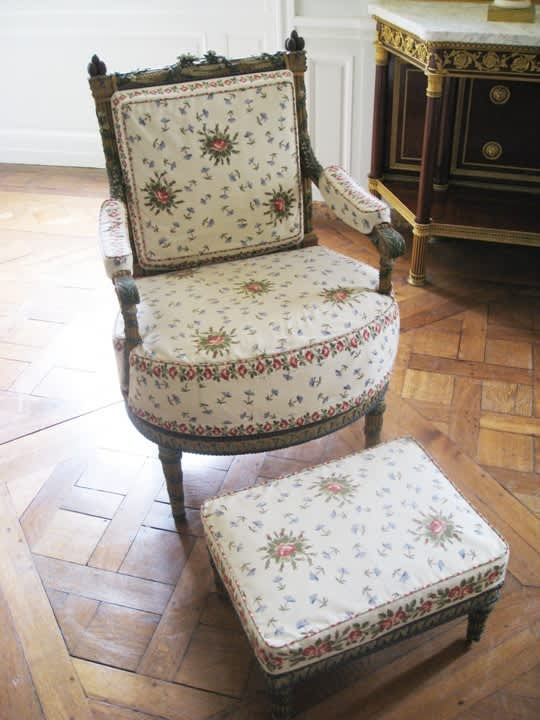 House Tour: Marie Antoinette's Petit Trianon: gallery image 16