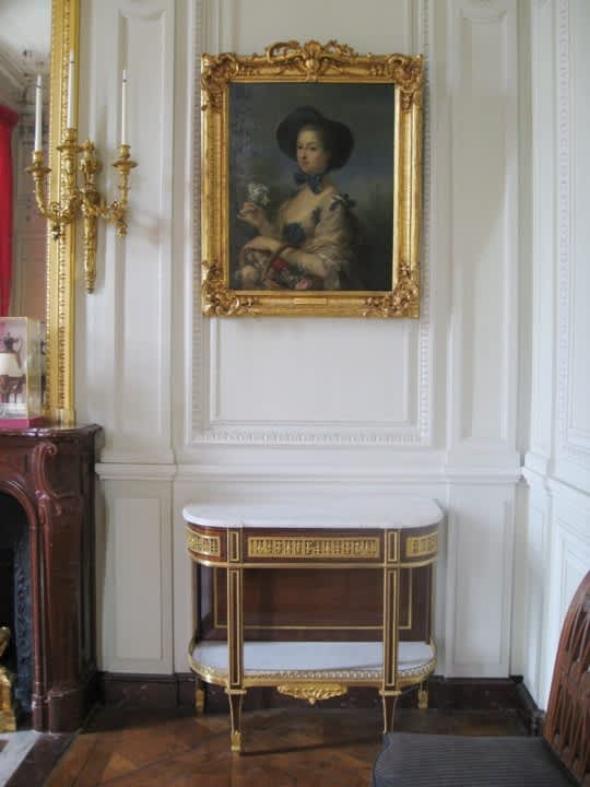 House Tour: Marie Antoinette's Petit Trianon: gallery image 20