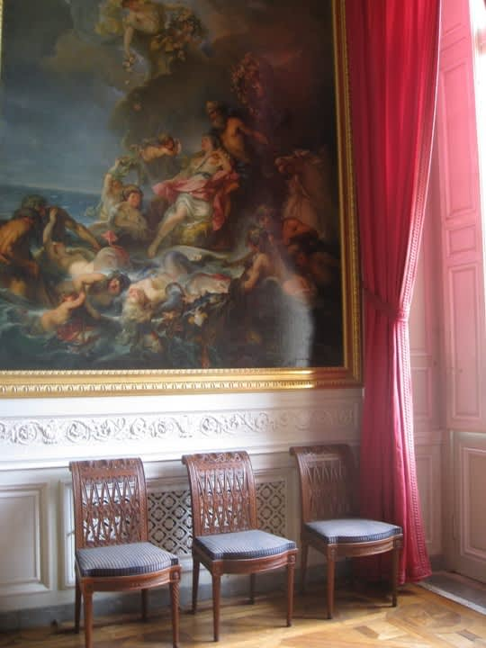 House Tour: Marie Antoinette's Petit Trianon: gallery image 3