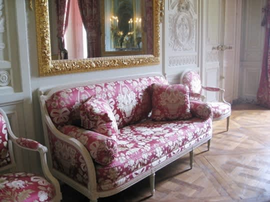 House Tour: Marie Antoinette's Petit Trianon: gallery image 21