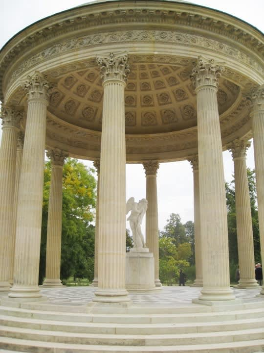 House Tour: Marie Antoinette's Petit Trianon: gallery image 19