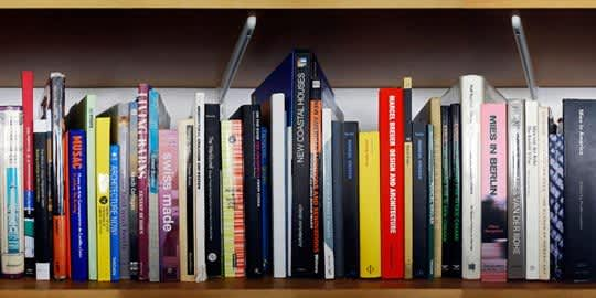 Unpacking My Library: Architects & Their Book Collections: gallery slide thumbnail 2