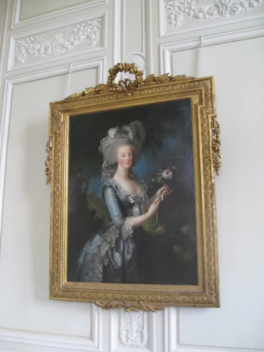 House Tour: Marie Antoinette's Petit Trianon: gallery image 15