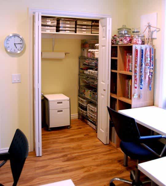 4 Desks In One Space: gallery slide thumbnail 1