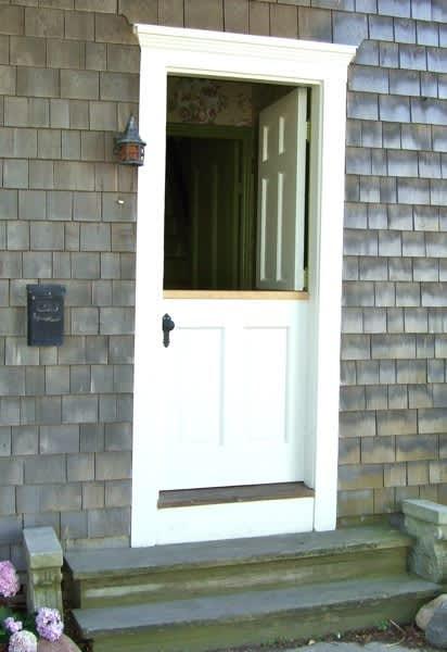 10 Front Doors in Ptown: gallery slide thumbnail 1