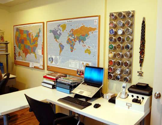 4 Desks In One Space: gallery slide thumbnail 6