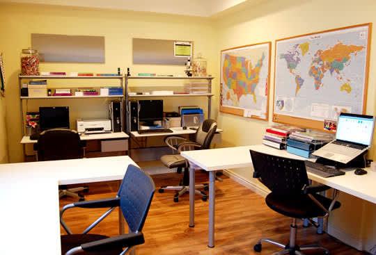 4 Desks In One Space: gallery slide thumbnail 4