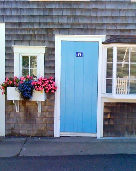 10 Front Doors in Ptown: gallery slide thumbnail 7