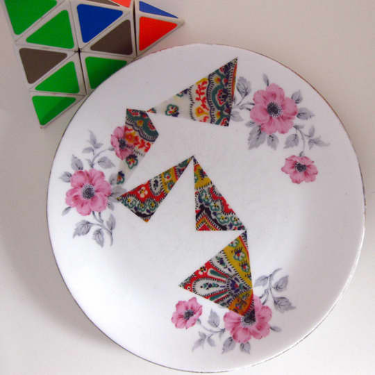 Etsy Find: Upcycled Vintage Plates by Le Petit Boutique: gallery slide thumbnail 3