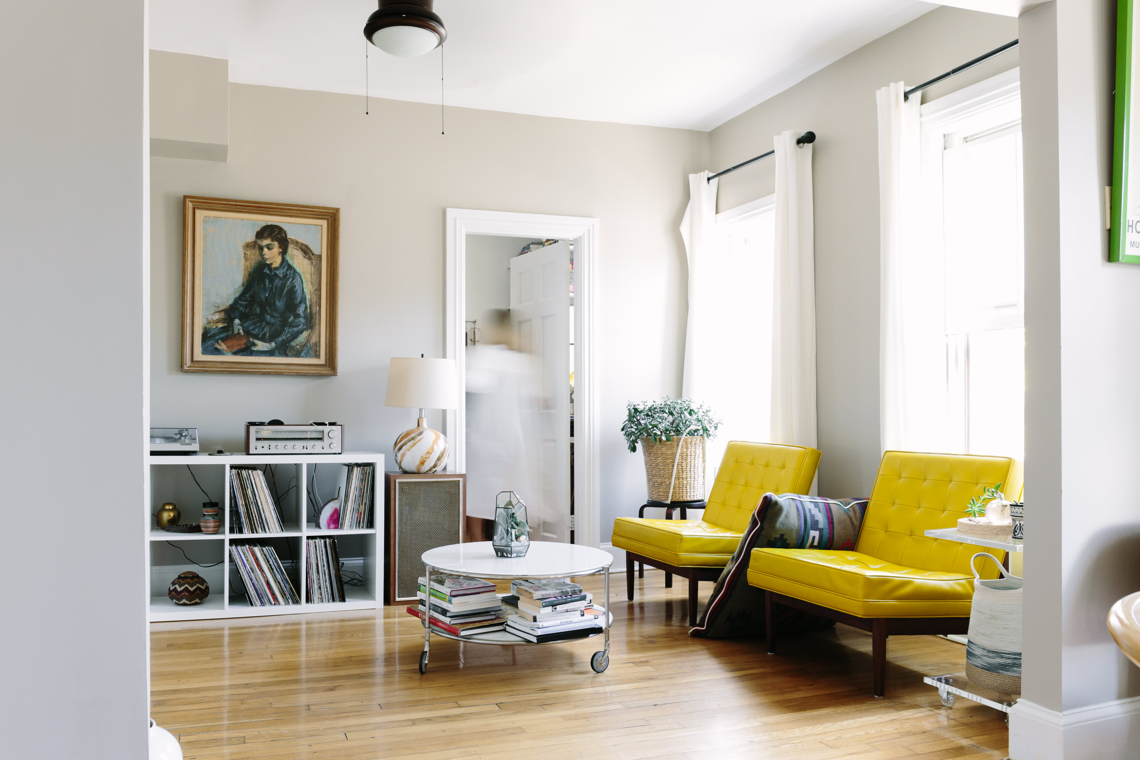10 colors to complement yellow apartment therapy. Black Bedroom Furniture Sets. Home Design Ideas