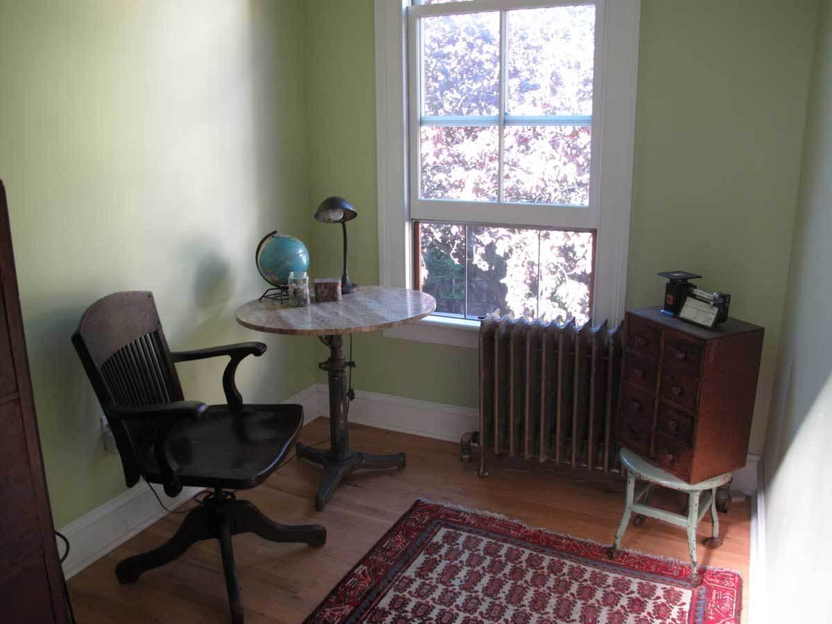 Karen's Urban Cottage: gallery slide thumbnail 19