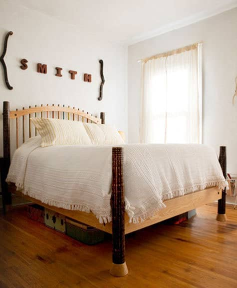 8 Real Bedrooms Where Simplicity Reigns: gallery slide thumbnail 6