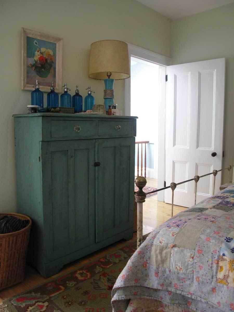 Karen's Urban Cottage: gallery slide thumbnail 41