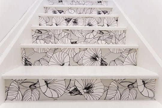 Daring Staircases: Paint, Stencils, & Wallpaper: gallery slide thumbnail 7