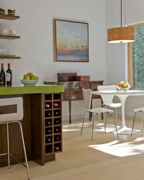 Modern & Green: Family Lake House by ZeroEnergy Design: gallery slide thumbnail 10