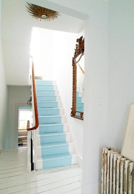 Daring Staircases: Paint, Stencils, & Wallpaper: gallery slide thumbnail 4