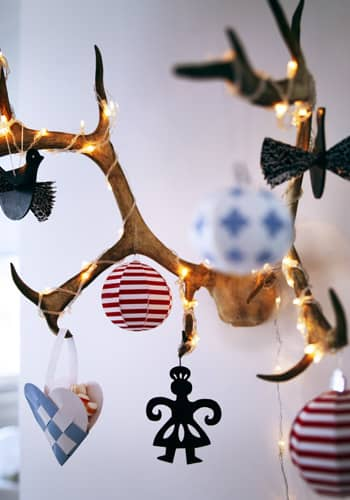 Even More Holiday Decor Inspiration: gallery slide thumbnail 1