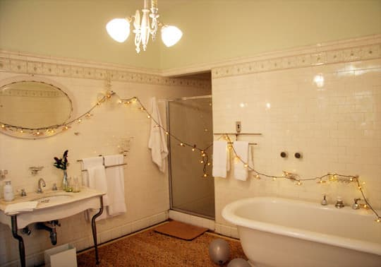 Polly's Charming Apartment in a Historic Mansion: gallery slide thumbnail 34