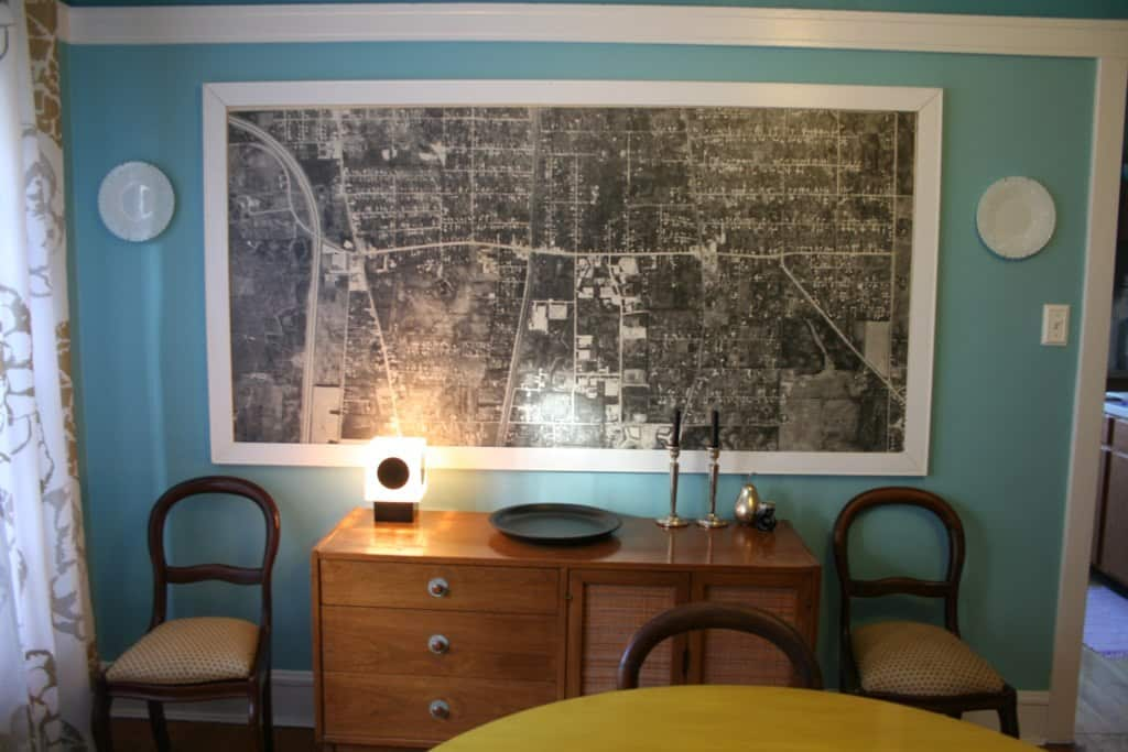 Kelly's Andersonville Apartment: gallery slide thumbnail 2