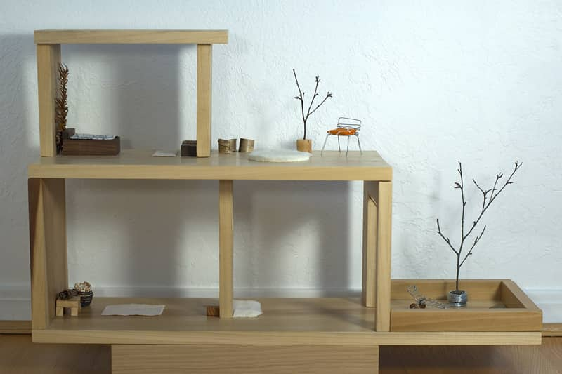 Modern Doll House and Furniture: gallery image 4
