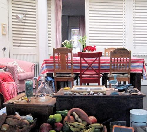 Mismatched Chairs for Family Dining: gallery slide thumbnail 3