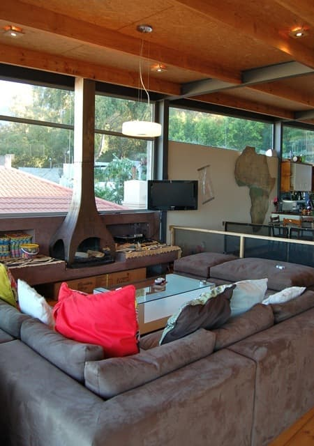 Isa & Paul's Home With A View: gallery slide thumbnail 10