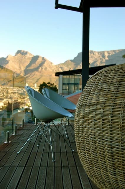 Isa & Paul's Home With A View: gallery slide thumbnail 25