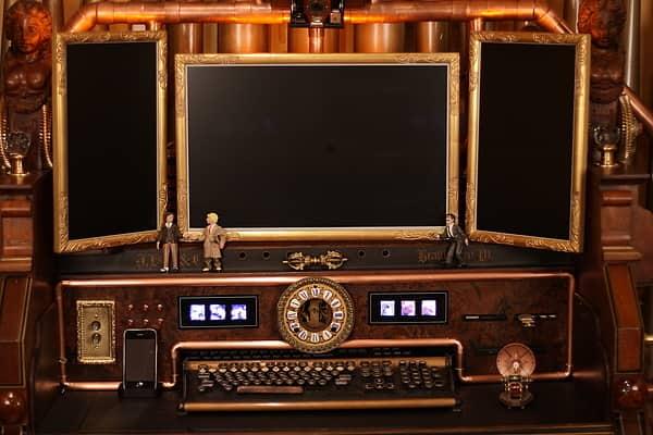 Bruce Rosenbaum's Steampunk All-in-One Desktop: gallery slide thumbnail 8
