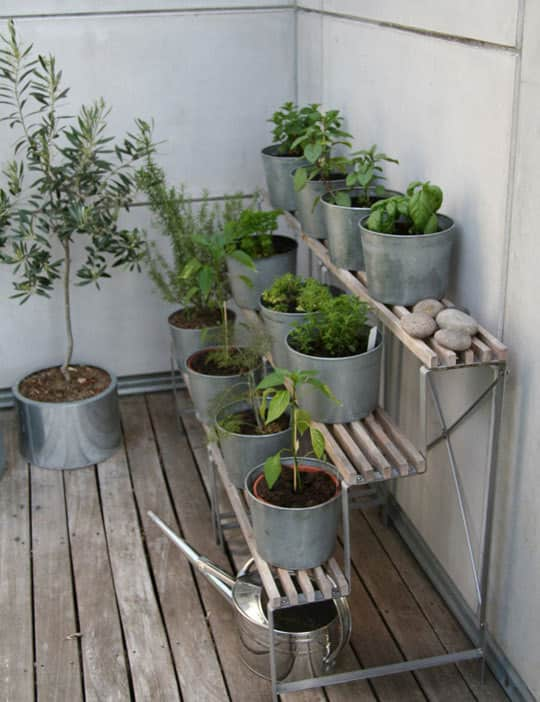 10 Ideas for Tiny Balconies: gallery slide thumbnail 8