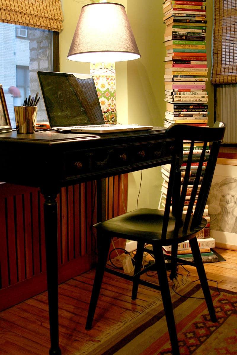 Laura's Inviting Live / Work Studio: gallery slide thumbnail 10