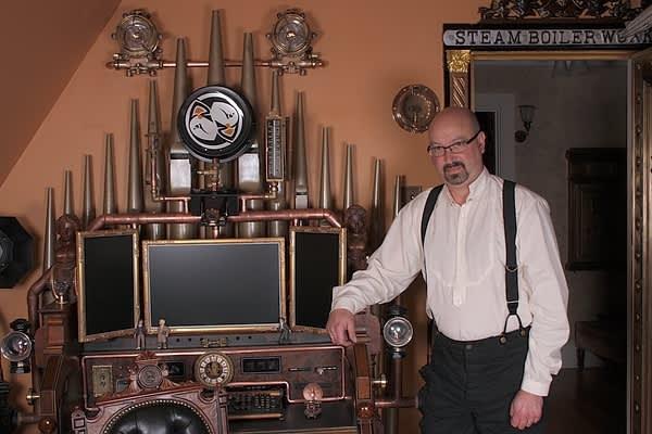 Bruce Rosenbaum's Steampunk All-in-One Desktop: gallery slide thumbnail 9