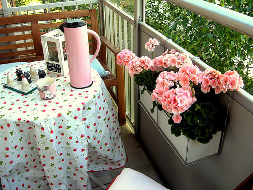 10 Ideas for Tiny Balconies: gallery slide thumbnail 5