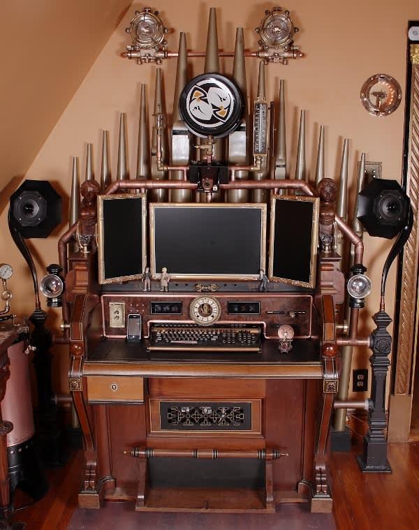 Bruce Rosenbaum's Steampunk All-in-One Desktop: gallery slide thumbnail 4