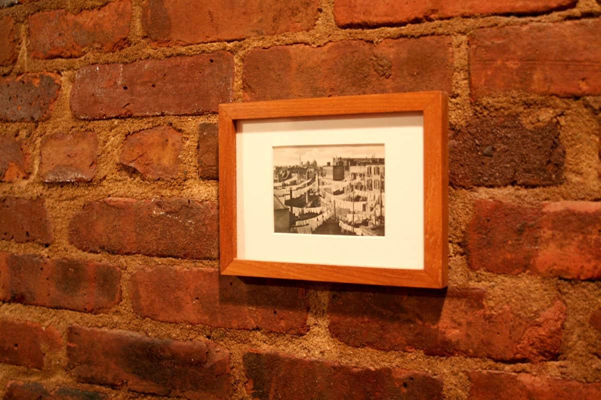 Laura's Inviting Live / Work Studio: gallery slide thumbnail 12