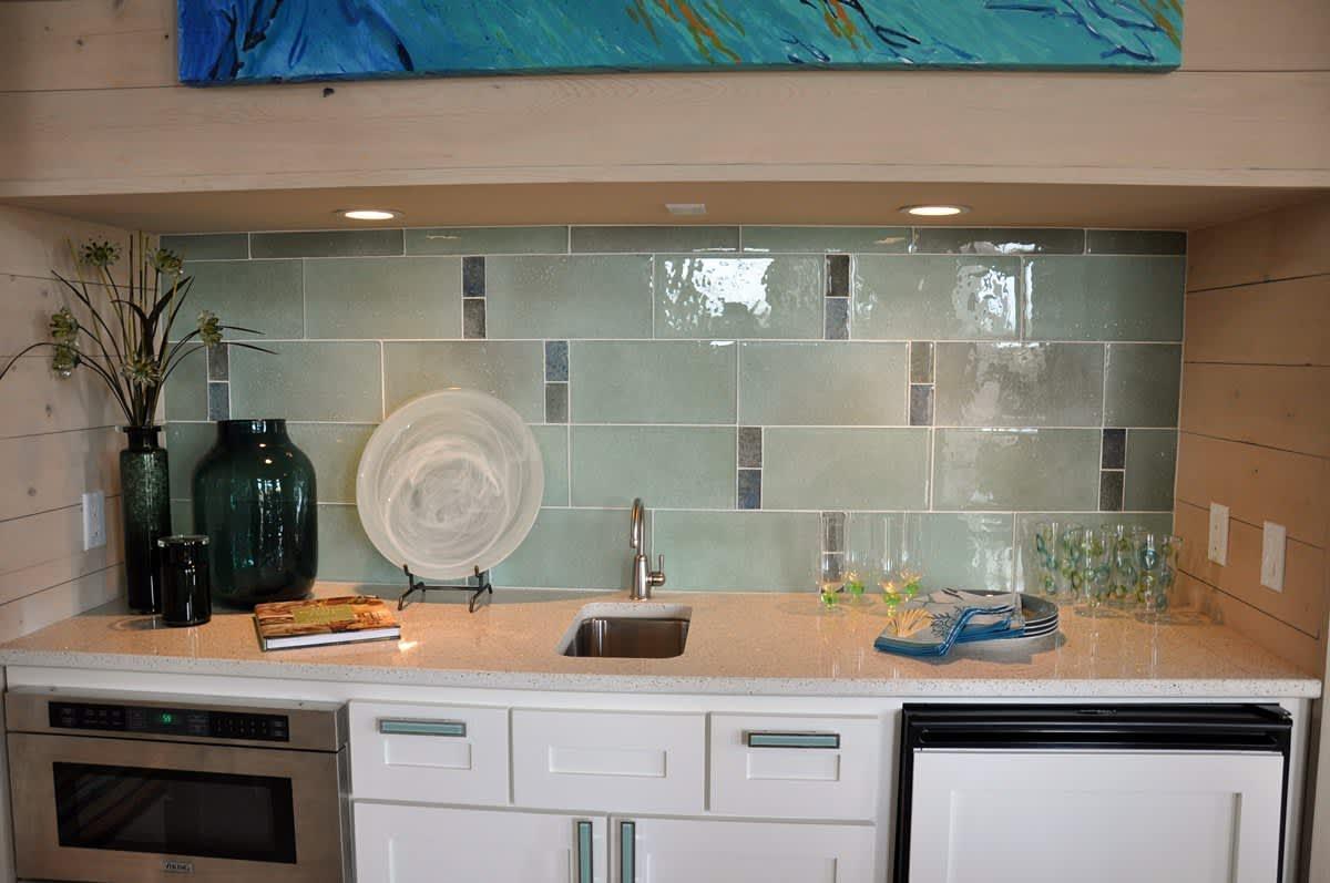Beach House Beauty on the Texas Coast: gallery slide thumbnail 20
