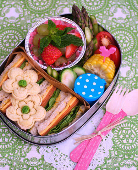 Let's Have a Picnic: gallery slide thumbnail 6