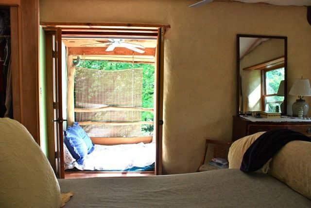 Bill & Beth's Sleeping Porch: gallery slide thumbnail 6