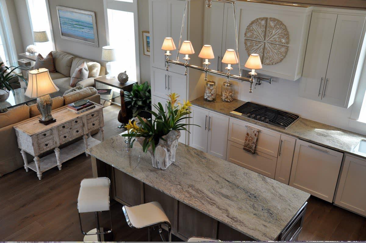 Beach House Beauty on the Texas Coast: gallery slide thumbnail 30