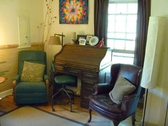 Linda & Steph's Eclectic Millhouse: gallery slide thumbnail 19