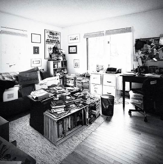 Wired's Steven Levy Gets A Home Office Makeover: gallery slide thumbnail 1