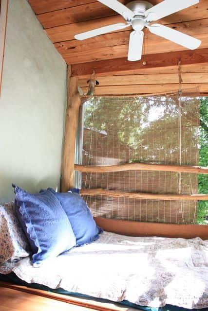 Bill & Beth's Sleeping Porch: gallery slide thumbnail 3