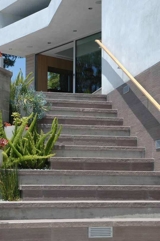The Eastside Home Tours: A Spectrum of California Color: gallery slide thumbnail 7