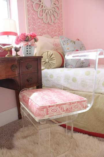Budget Style: Pretty in Pink Shared Room for Under $250: gallery slide thumbnail 4