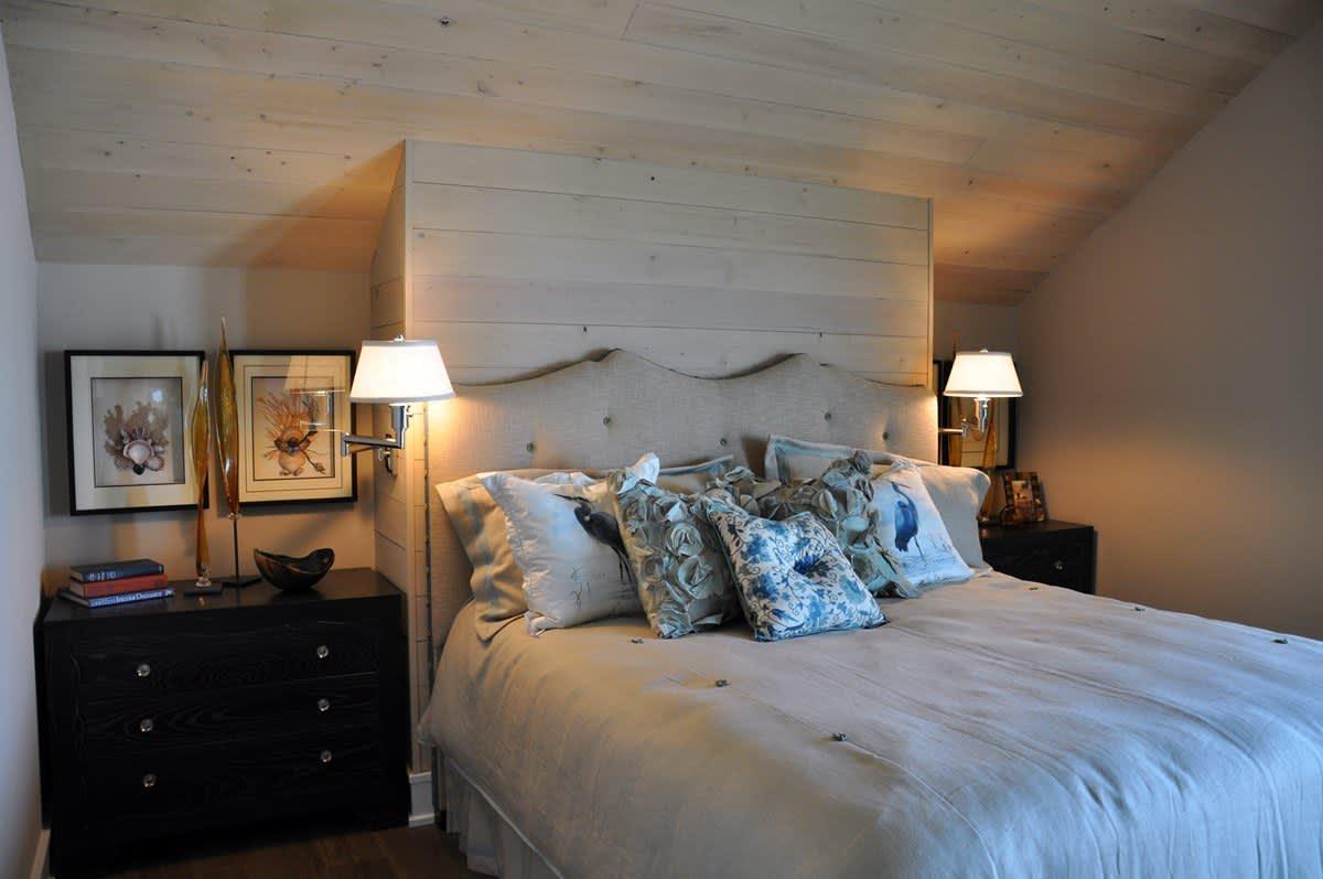 Beach House Beauty on the Texas Coast: gallery slide thumbnail 25